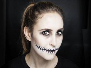 """Макияж на Хэллоуин, страшный макияж в стиле """"девушка-зомби"""""""