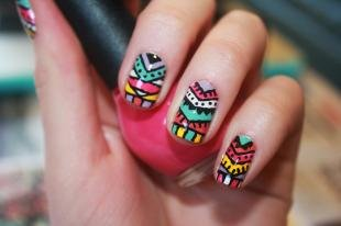 Египетские рисунки на ногтях, этнические узоры на ногтях