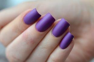 Матовый маникюр, матовый маникюр фиолетовым лаком