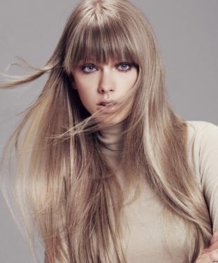 Пепельный цвет волос на длинные волосы, бежево-русый цвет волос