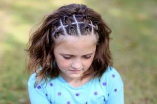 Шоколадный цвет волос, оригинальная детская прическа