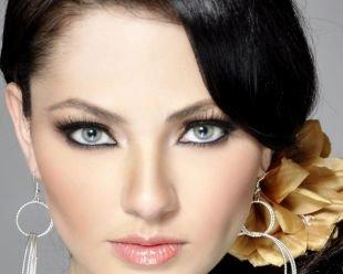 Макияж для брюнеток с серыми глазами, макияж с подводкой для глаз