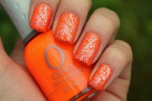 Оранжевый маникюр, оранжевый маникюр со стемпингом