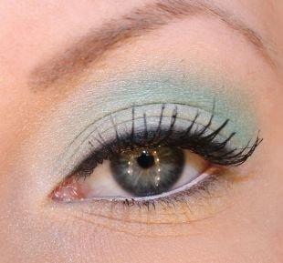 Макияж для голубых глаз под голубое платье, летний цветной макияж для серо-голубых глаз