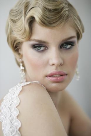 Свадебный макияж в серых тонах, свадебный макияж в ретро-стиле