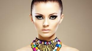 Египетский макияж, кошачий макияж со стрелками