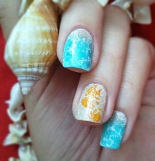 Маникюр на средние ногти, маникюр для пляжа с рыбками
