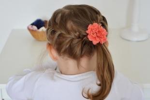 Русо рыжий цвет волос на длинные волосы, красивая прическа в детский сад