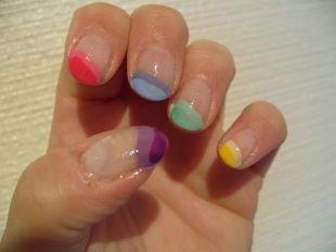 Красивый дизайн ногтей, разноцветный французский маникюр (френч)