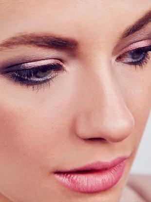 Красивый макияж, простой повседневный макияж для серых глаз