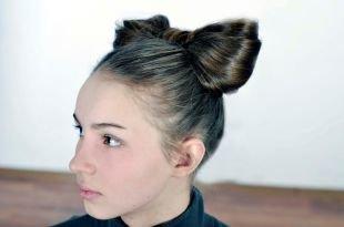Прическа бант из волос, прическа на новый год - бант из волос