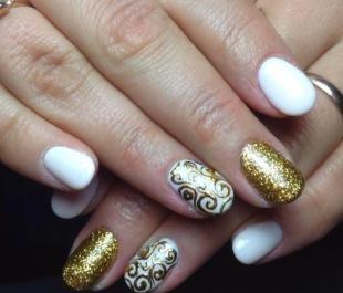 Ажурные рисунки на ногтях, дизайн ногтей под золотистое платье