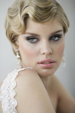 Нежный свадебный макияж, свадебный макияж в ретро-стиле