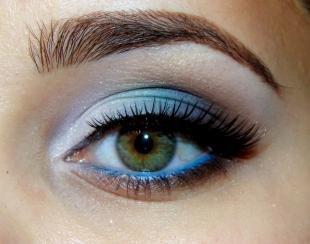Темный макияж для зеленых глаз, макияж глаз на новый год