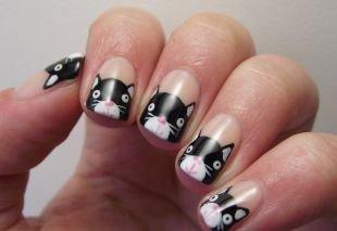 Красивый френч на квадратных ногтях, рисунок котёнка на ногтях