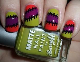 Дизайн ногтей для начинающих, яркий маникюр со швами на хэллоуин
